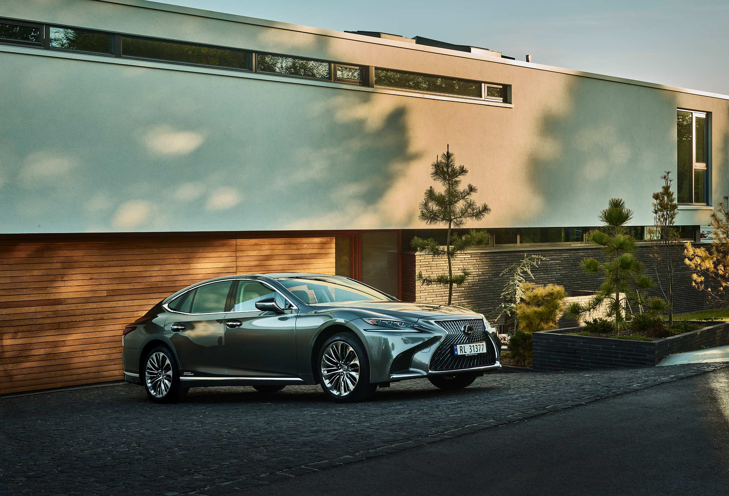 Lexus carphotography by Tom Haga